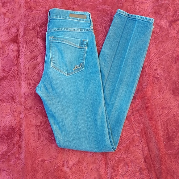 Express Mia Skinny Mid Rise Jeans